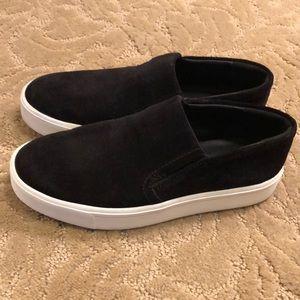 Vince black suede slip on shoes – size 5